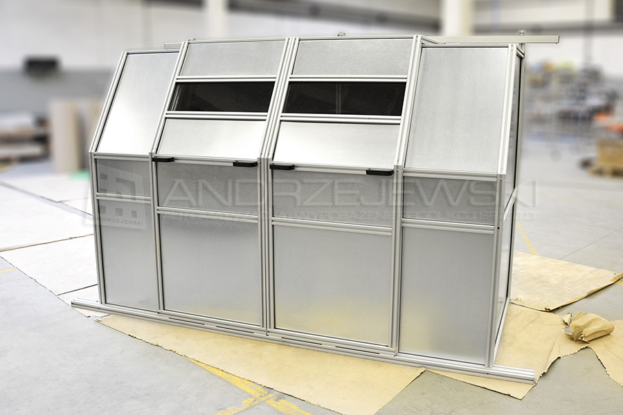 Soundproof machine guard