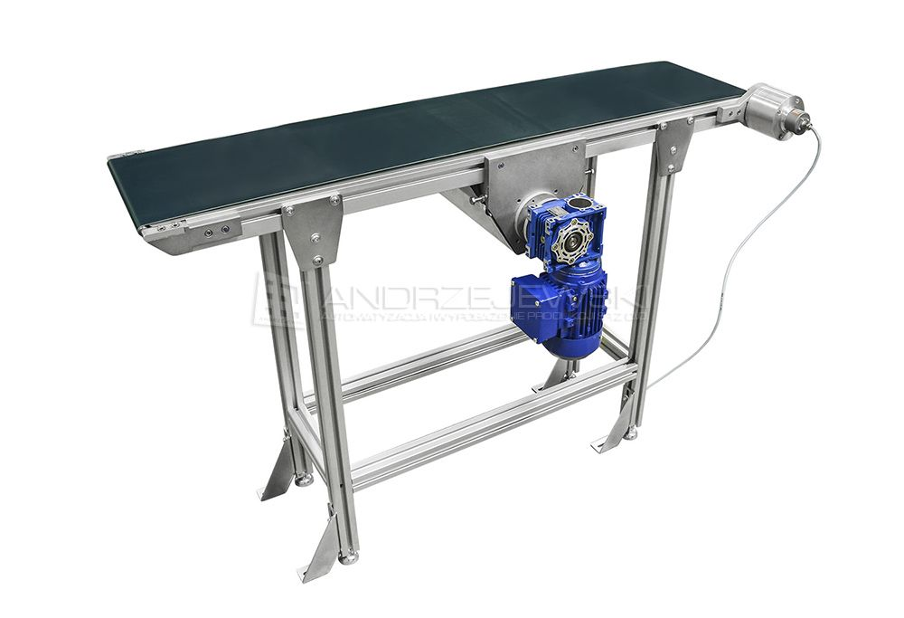 Straight belt conveyor with central drive